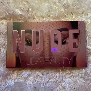 Sephora Makeup - Huda Beauty Nude Eyeshadow Palette